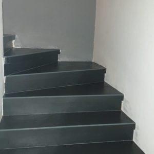 חיפוי מדרגות על ידי אבן אלסטית דגם גרפית